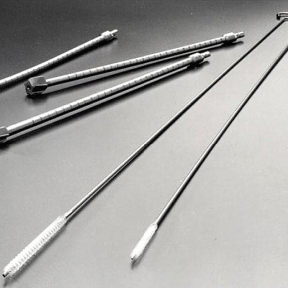 Bone reamer/long steel rod cleaning brush