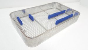 sterilisation-tray-perforated-sides-silicone